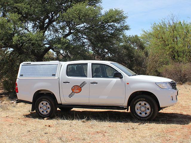Toyota Hilux 2.5 D-4D 4x4 SRX D/C | Desert 4x4 Rental Upington